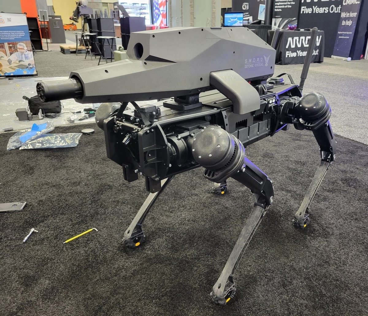 Robot Chien © Sword International