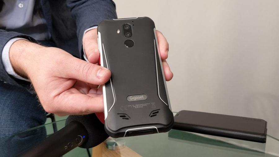 GX290 Pro, le smartphone ultra-résistant de Gigaset à la batterie XXL (Interview)