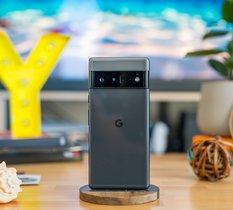 Test Pixel 6 Pro : Google se lance sur le haut de gamme avec assurance