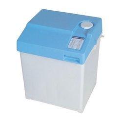 MW 100chargement par le dessus Classe C moins de 5 kg pose libre blanc Classe C 45 cm Classe C 46 cm 3 kg mini lave-linge 30 litres bleu et blanc