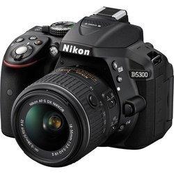 D5300 Nu - NoirUSB Reflex Secure Digital CMOS WiFi SDHC (Secure Digital High Capacity) Noir HD 1080p HDMi ISO 12800 SDXC 530 g ISO 25600 Inclus Optique Numérique 8,1 cm MOV (Quicktime Movie) 3.2 Pouces Secure Digital High Capacity (SDHC UHS-I) Non N/A 24,2 Megapixel(s) 480 g