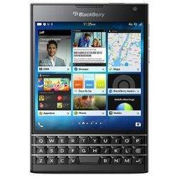 Passport - NoirMonobloc smartphone MicroSD avec GPS avec WiFi BlackBerry 32 Go avec APN 13 Mpixels Bluetooth 4.0 2,2 GHz Qualcomm Snapdragon 801 4,5 pouces 196 g